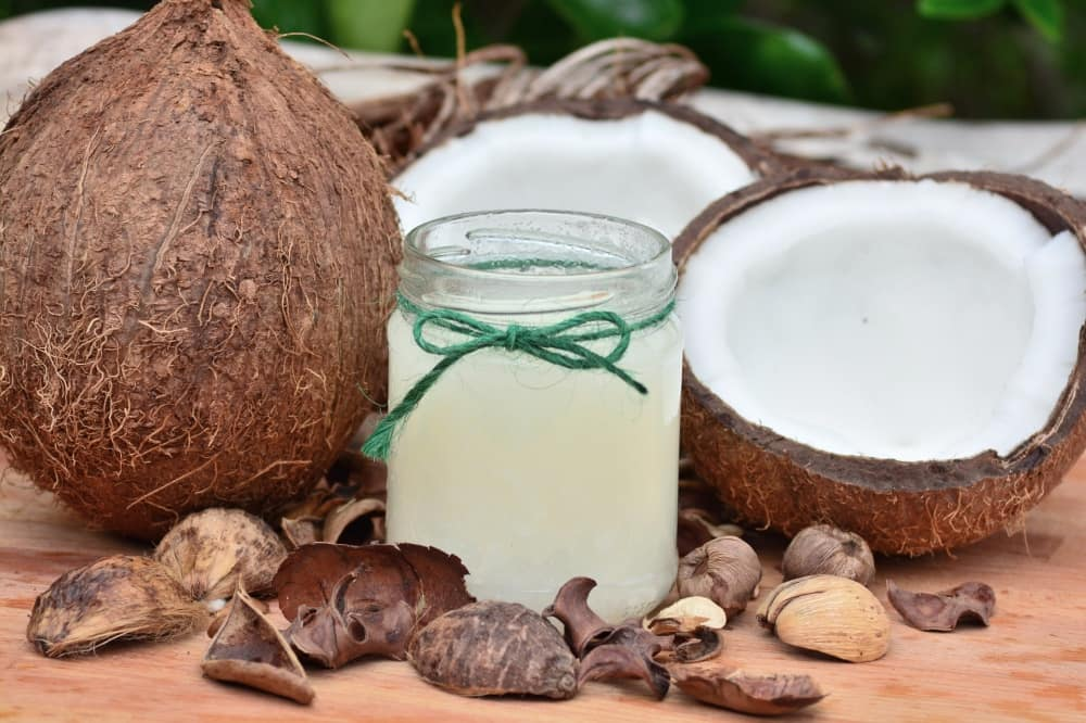 良い脂質のココナッツ