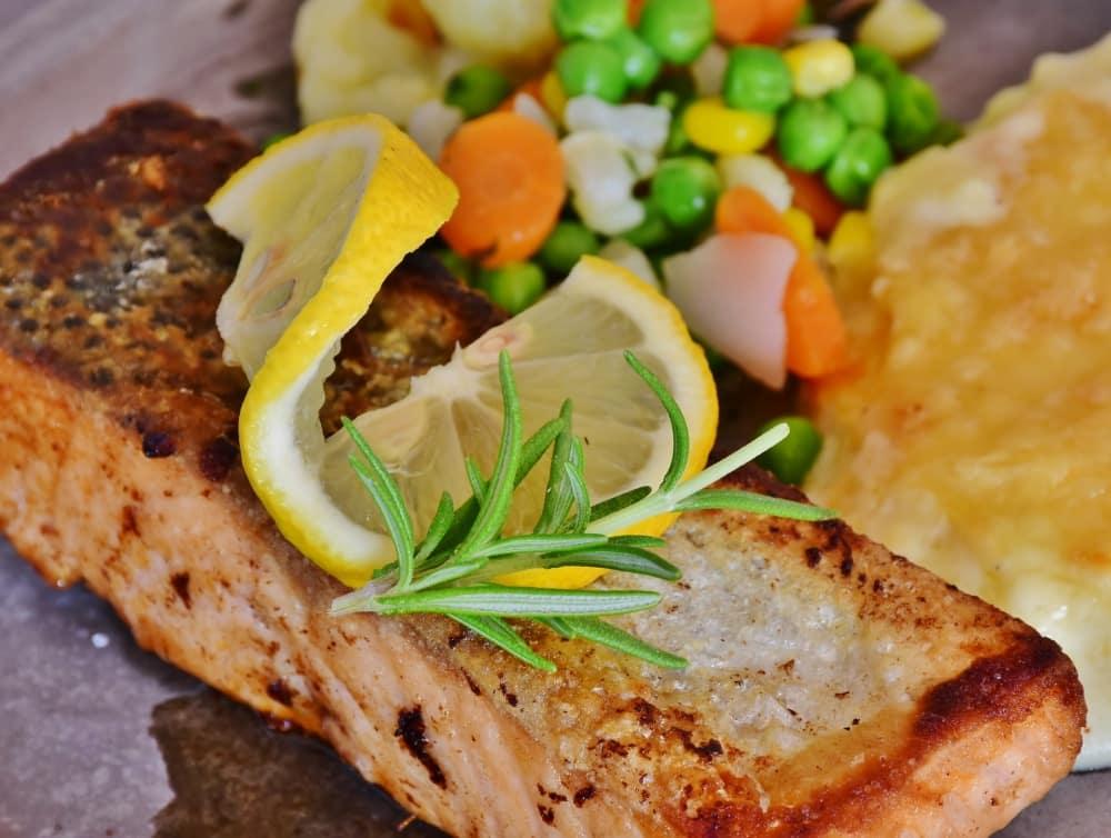 鮭はダイエッターの味方
